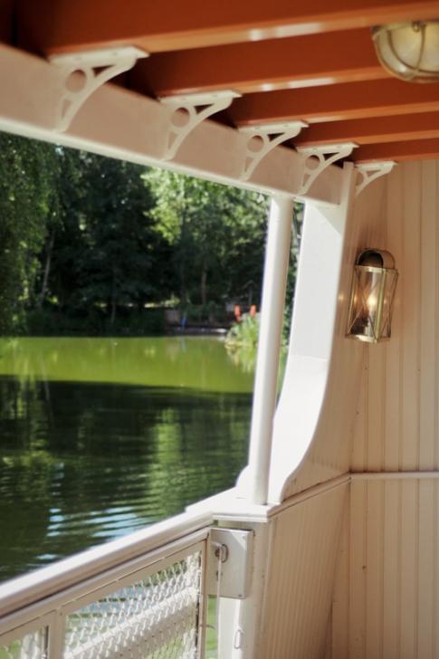 Disneyland – Thunder Mesa Riverboat Landing