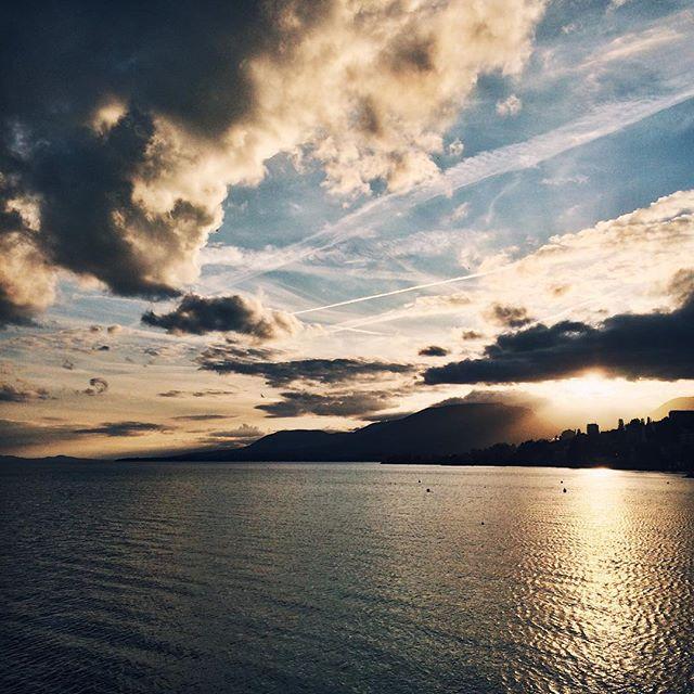 Coucher de soleil sur le lac de Neuchâtel