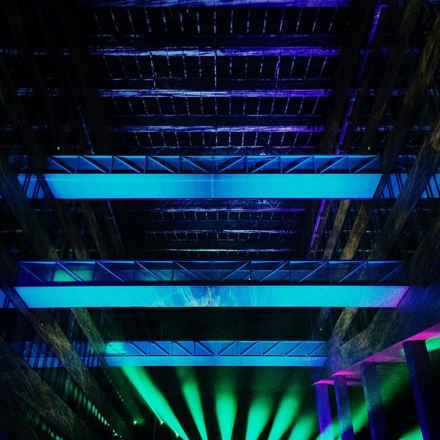 Fête des Lumières 2014 – Cathédrale d'eau et de lumière à l'Hôtel de Région