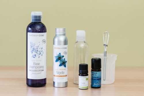 Shampooing anti-pelliculaire à l'huile de nigelle