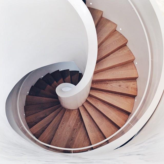 Escalier en spirale au Vitrahaus