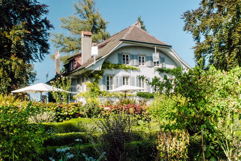 Fribourg jardin de l 39 auberge aux 4 vents l 39 odeur du caf for Auberge du jardin