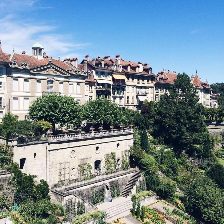 Vue depuis le parc de la Cathédrale de Berne