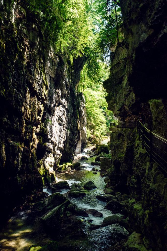 Balade dans les gorges du Taubenloch