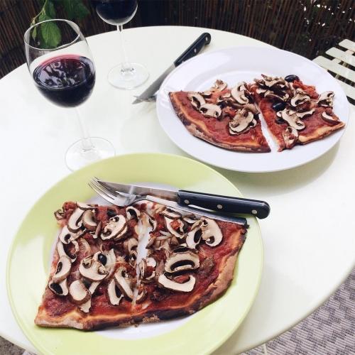 Pizza maison végétalienne