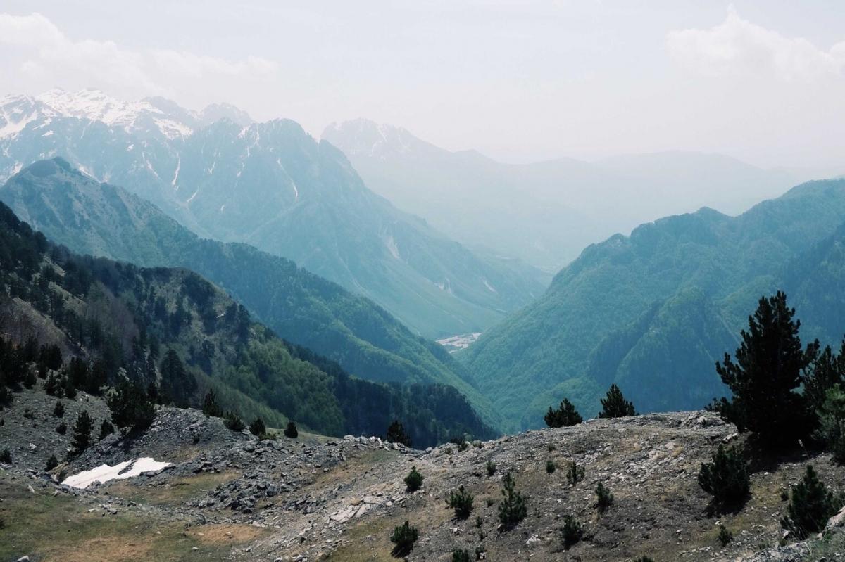 Les montagnes d'Albanie – Un Duvet pour Deux
