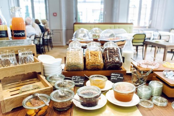 Soleure, buffet de petit déjeuner à l'Hôtel de la Couronne