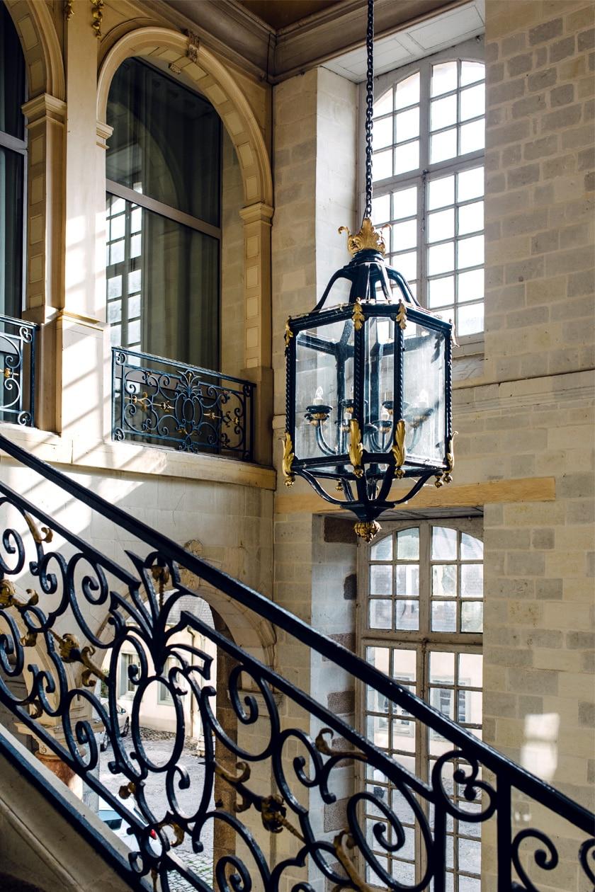 Balade dans les rues du vieux Rennes: le grand escalier de l'Hôtel de Blossac
