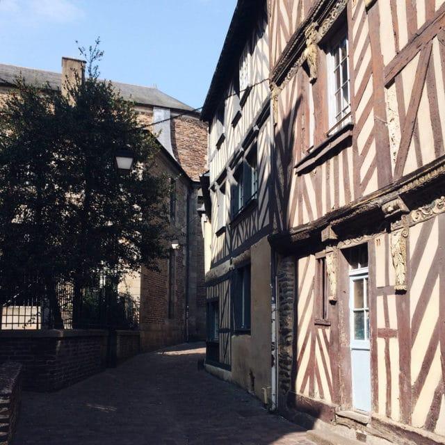 Les jolies rues du vieux Rennes