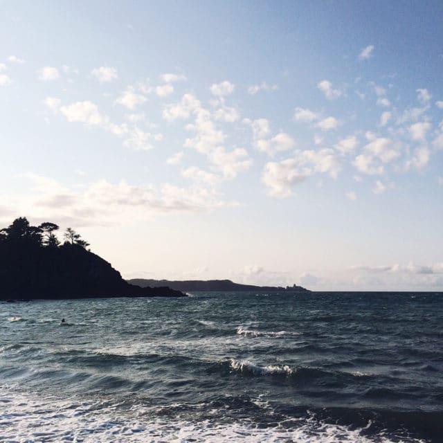 Fin de journée au bord de la Manche