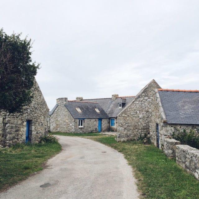 Le joli village classé de Rostudel, en Bretagne