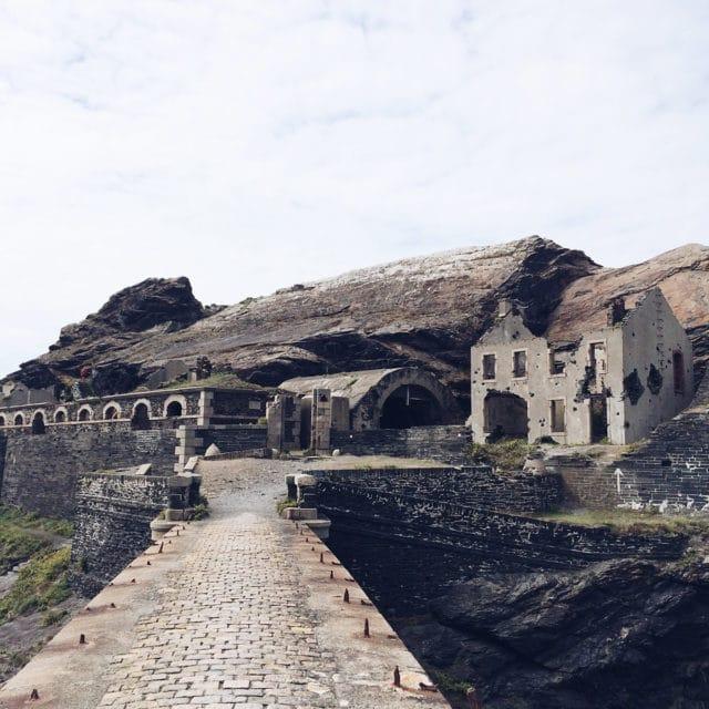 Visite des ruines du fort militaire de l'Îlot des Capucins