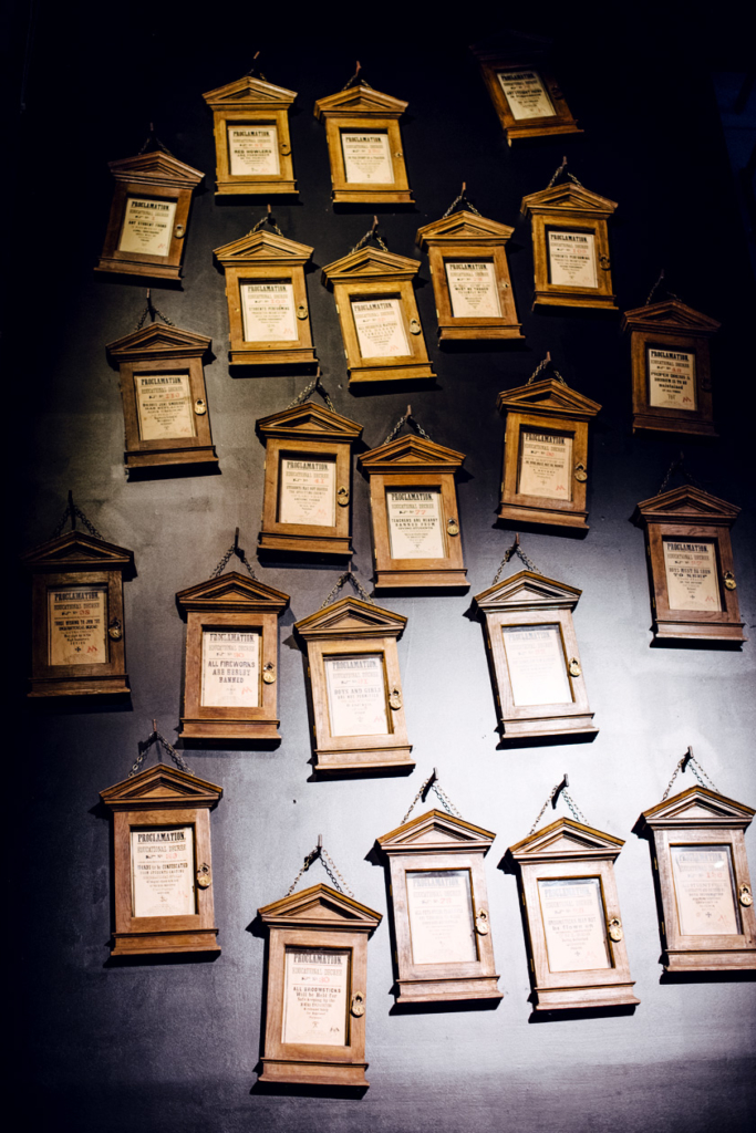 Visite des Studios Harry Potter à Londres – Les décrêts d'éducation du Ministère de la Magie