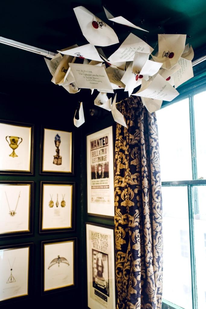 Visite de House of MinaLima à Londres – Enveloppes volantes