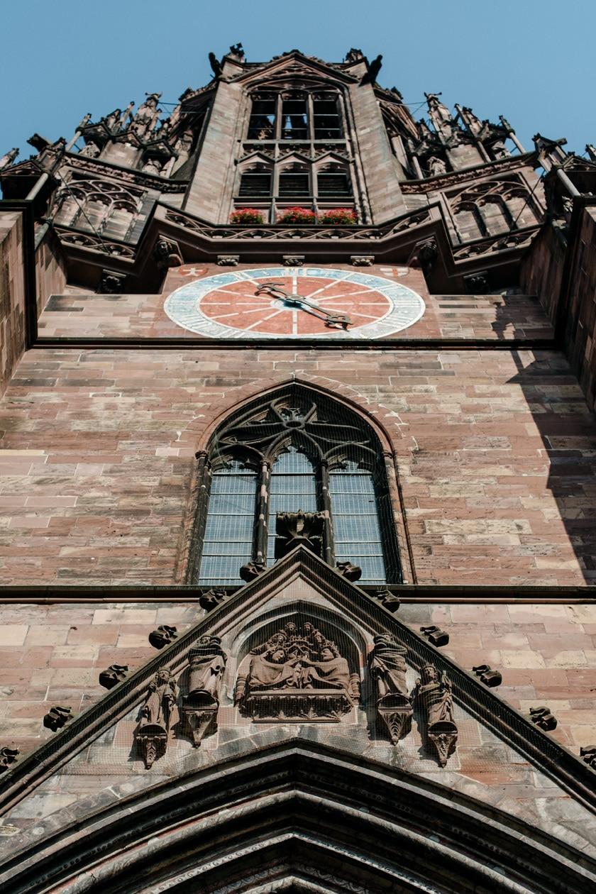 Freiburg im Breisgau – Détails de la cathédrale gothique