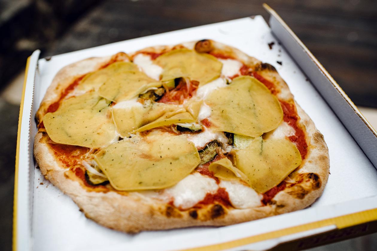 Pizza végétalienne de la pizzeria L'Angelo à Venise