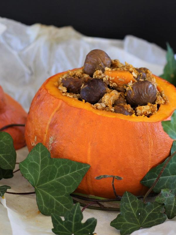 Potimarron farci aux marrons et aux champignons – Envie d'une recette végétalienne ?