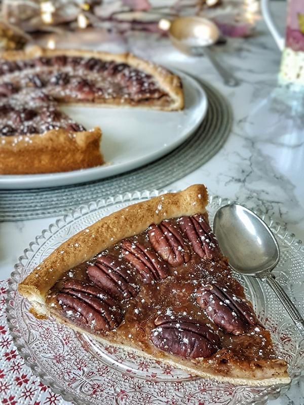 Tarte au sirop d'érable et aux noix de pécan – La cuisine d'Anna et Olivia