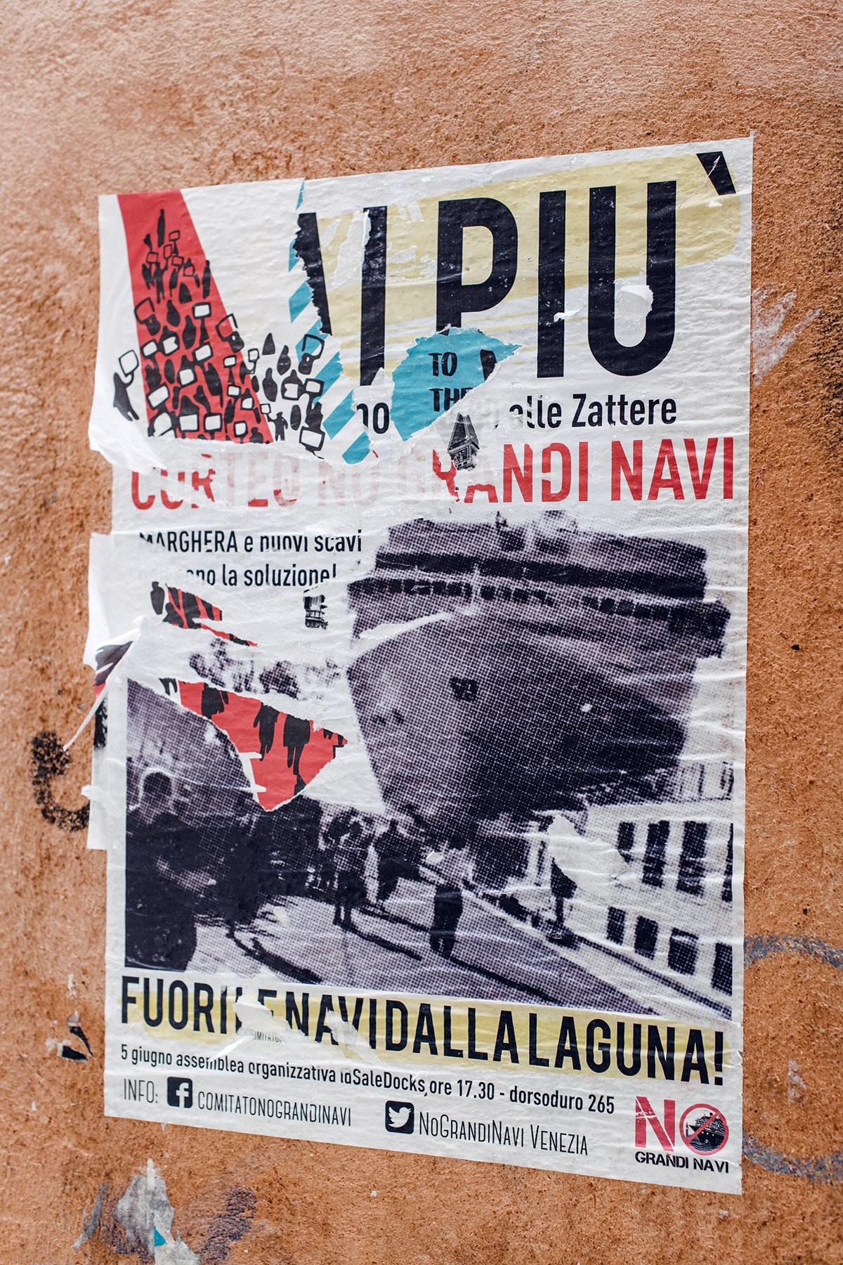 Affiche d'opposition aux navires de croisière dans la lagune de Venise