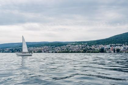 Sortie en voilier sur le lac de Neuchâtel