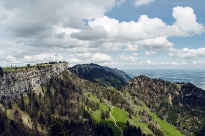 Vue sur la plaine de l'Aar depuis la montagne de Granges